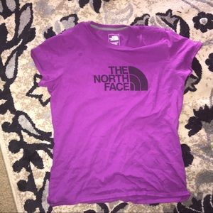 Woman's The North Face T-Shirt🌸